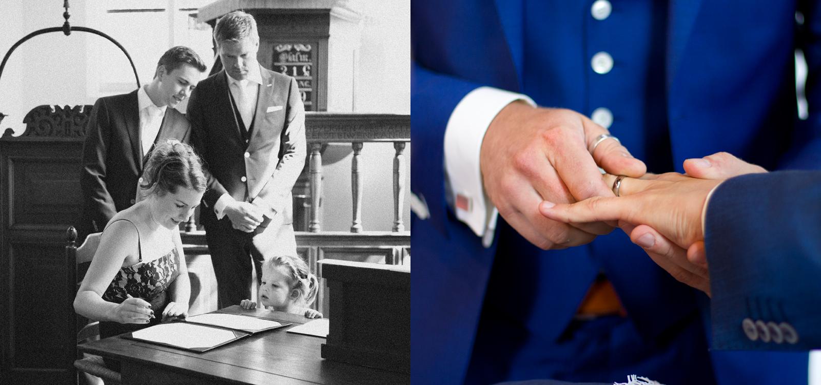 Huwelijk tussen twee mannen. De bruidegom en bruidegom doen de ringen bij elkaar om.