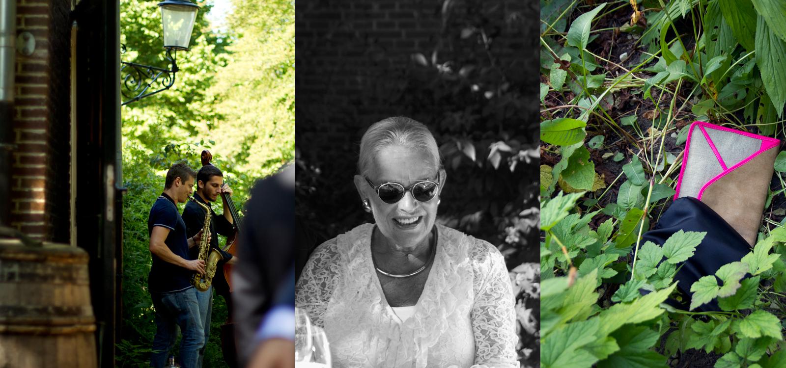 Eigenzinnige trouwfotografie. Zwart wit portret van een tante tijdens het bruidsdiner.